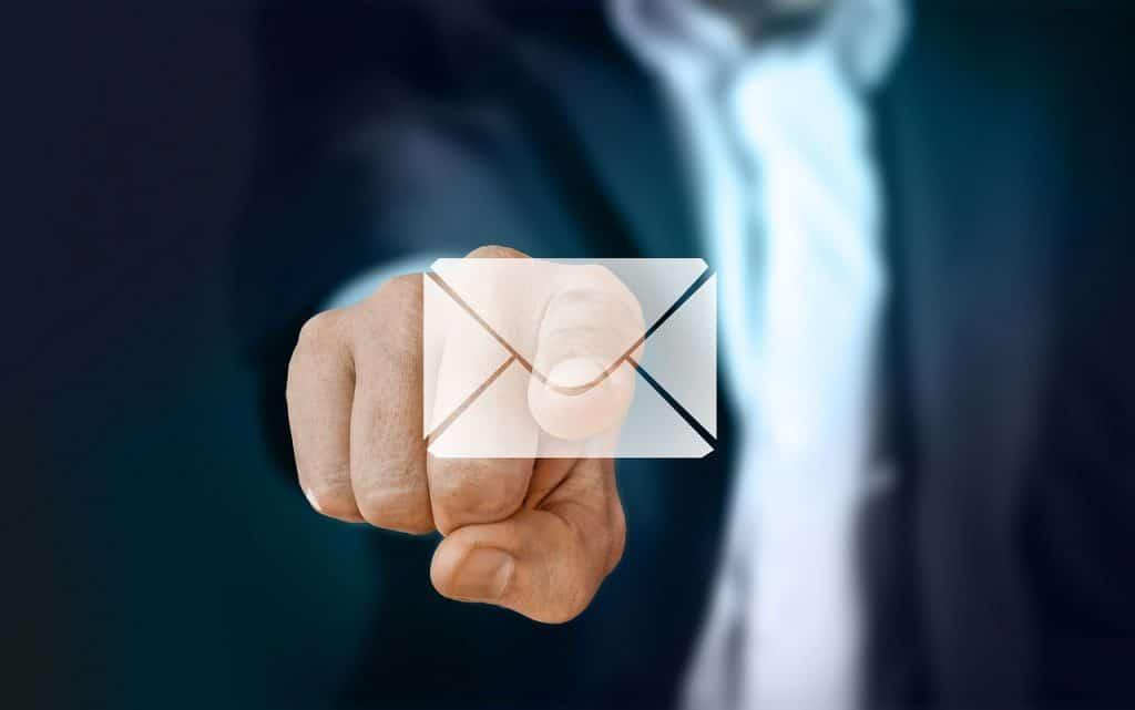 Comment gagner de l'argent sur internet sans en dépenser - mail
