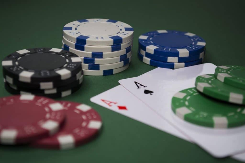Jouer et gagner de l'argent - poker